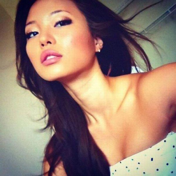 Красивые Азиатские девушки из социальных сетей
