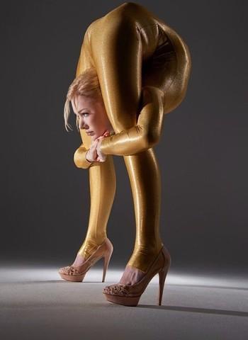 Самая гибкая девушка в мире - Юлия Гюнтель