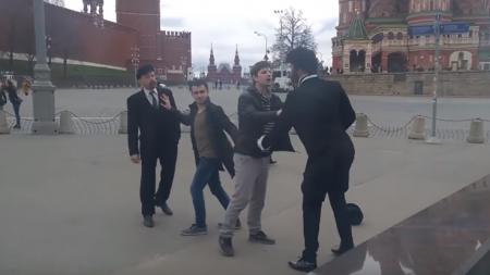 На Красной площади подрались «Пушкин и Ленин»