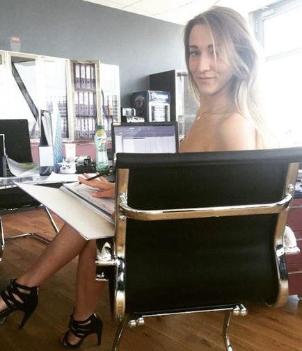 Девушки в офисе обязаны ходить голые моему