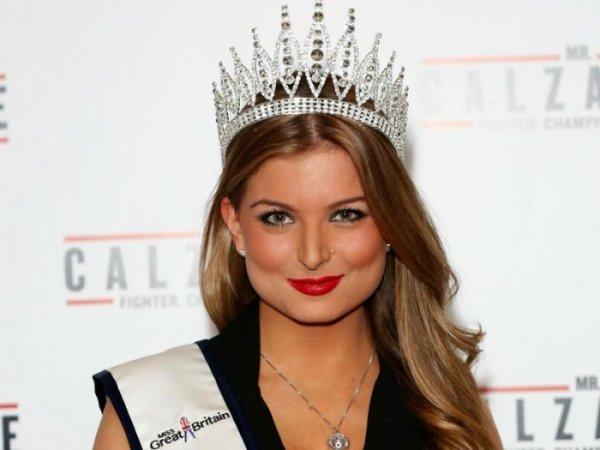 «Мисс Великобритании» Зару Холланд лишили титула за секс на реалити-шоу