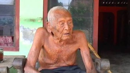 Мужчина, утверждающий, что ему 145 лет, говорит, что уже готов умереть