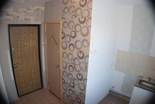 Внутри квартиры площадью 8 квадратных метров в новосибирской новостройке