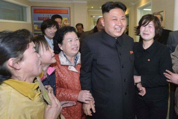 Фотоподборка: Девушки Северной Кореи