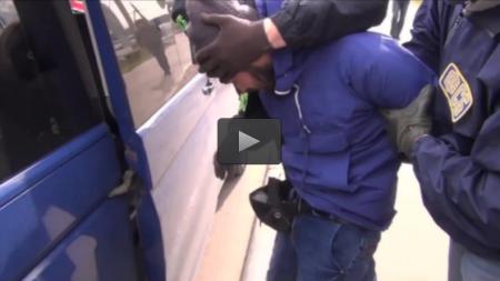 Видео: Задержания брата организатора теракта в петербургском метро