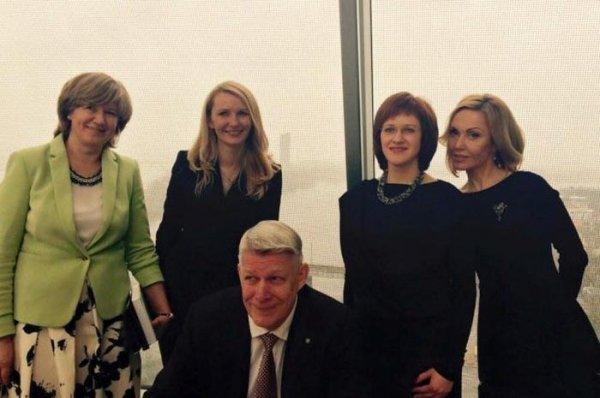 Сандра Сондоре - одна из самых красивых женщин в латвийской политике