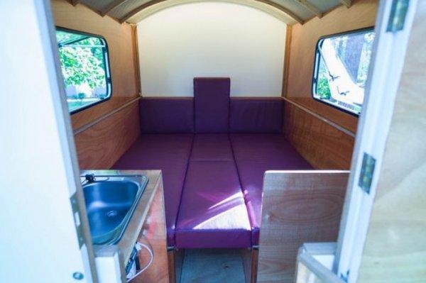 Компактный и легкий трейлер для путешественников