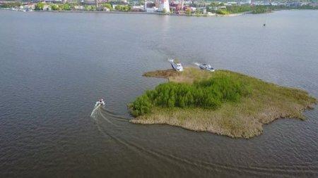 В Ижевске появился дрейфующий остров