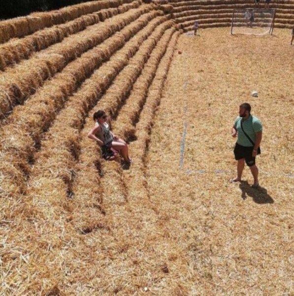 В Ставропольском крае построили соломенный стадион