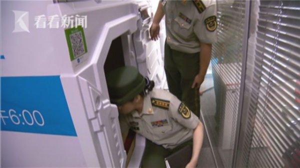 Капсульные мини-отели в Китае закрывают, потому как в них можно сгореть заживо
