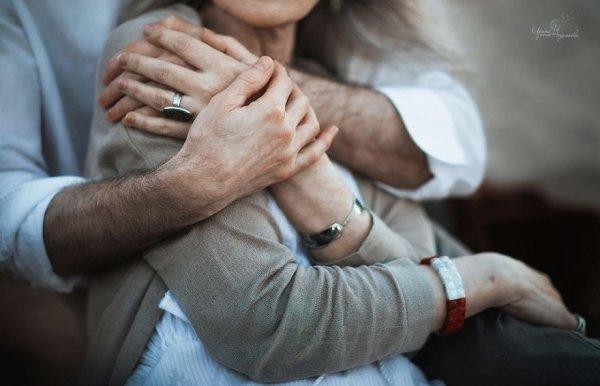 Пожилая пара доказала, что и на склоне лет можно быть счастливыми и любимыми