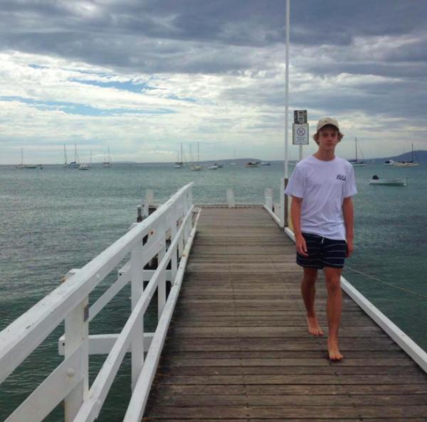 Австралийский подросток просто зашел в море. И его атаковали эти твари!