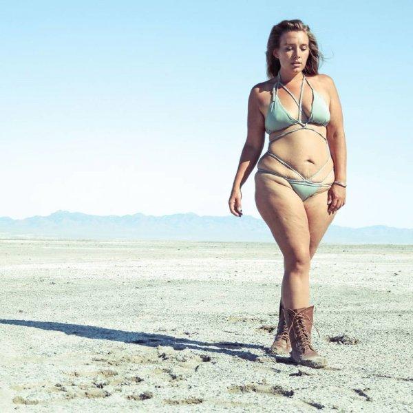Она зарабатывает на фотографиях своей фигуры более 5000 долларов в месяц