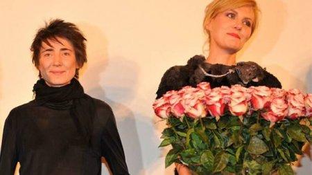 Земфира и Рената Литвинова зарегистрировали брак в Швеции