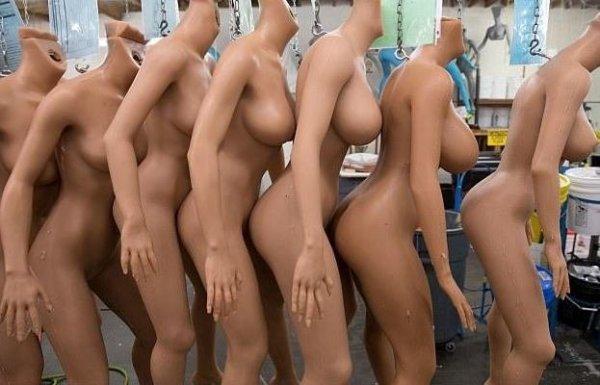 Современные секс-роботы стремятся превзойти людей!
