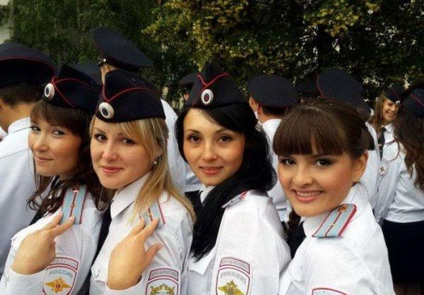 Девушки на страже порядка