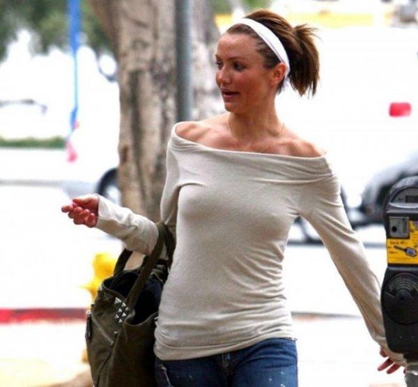 Свободу груди: Знаменитости без бюсгальтера