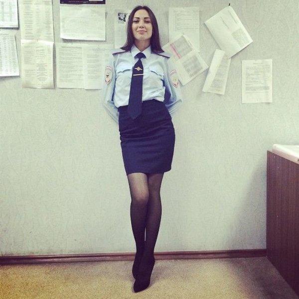 Арестуйте меня полностью: сногсшибательные девушки МВД РФ