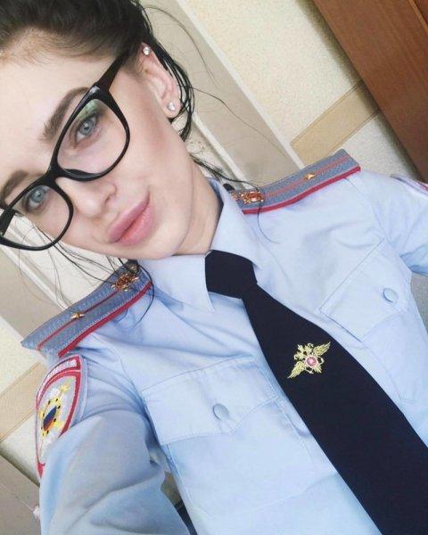 Я был плохим мальчиком, арестуйте меня полностью