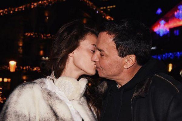 Жена экс-менеджера «Лукойла» проснулась в подъезде без кольца за 47 миллионов