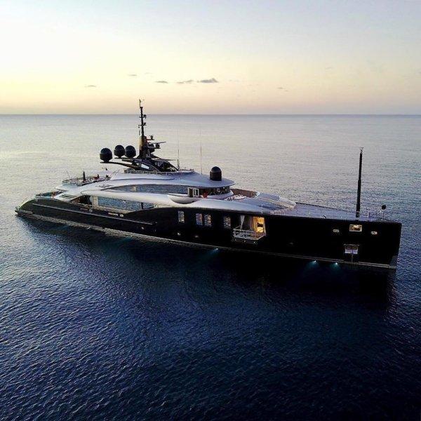 Понты высшего уровня: 25 крутых яхт, которыми хвастаются состоятельные люди