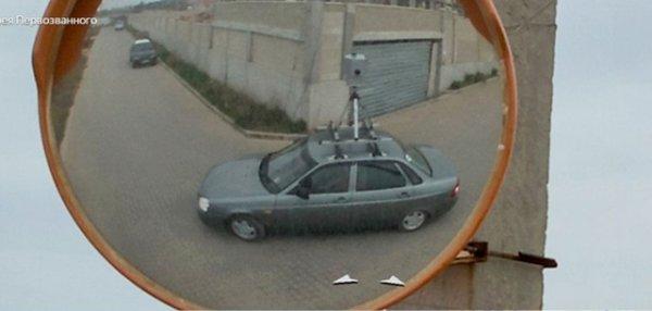Автомобили сервиса Yandex и Google наблюдают за нами