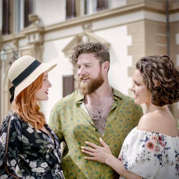Веселая семейка: муж, жена и их любовница