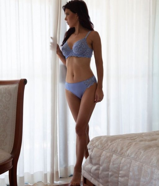 Как вы думаете, сколько лет этой австралийской модели?
