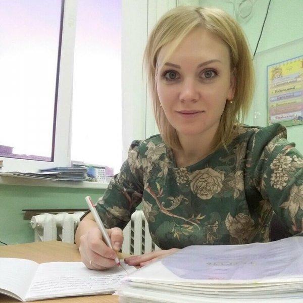 Учительницы-красотки, ради которых так хочется вернуться за парту