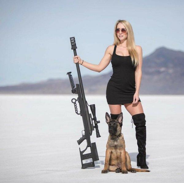 Мать пятерых детей из США хочет, чтобы её чада как можно быстрее научились пользоваться оружием