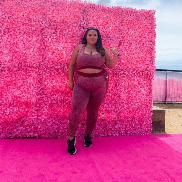 Девушка, которую обзывали Мисс Свинья, назло всем побеждает в конкурсах красоты