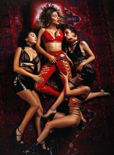 Анна Седакова в третий раз украсила обложку русской версии журнала Playboy