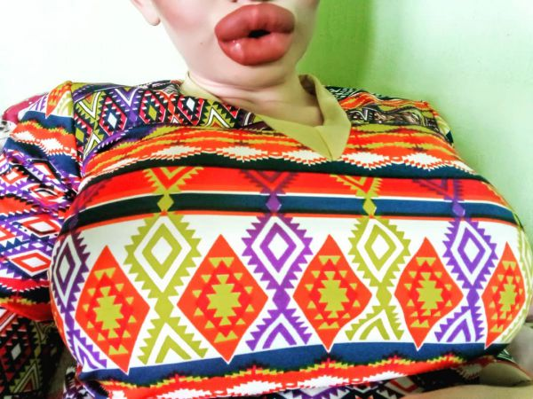 Болгарская студентка увеличила губы в три раза и не собирается останавливаться на достигнутом