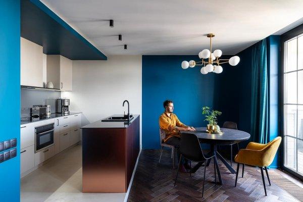 Полярный интерьер квартиры в Киеве
