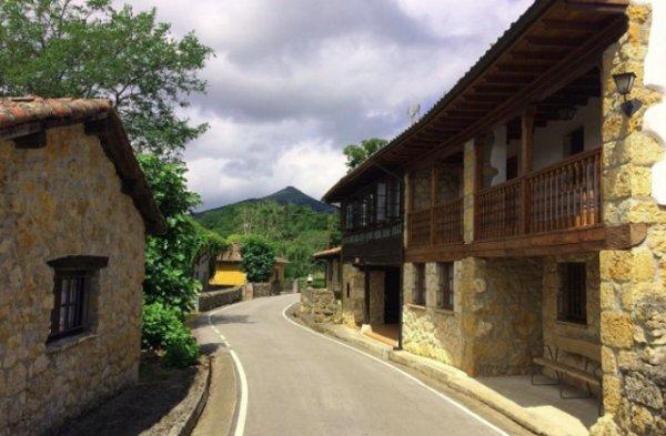 В Испании выставили на продажу целую деревню по невероятно низкой цене