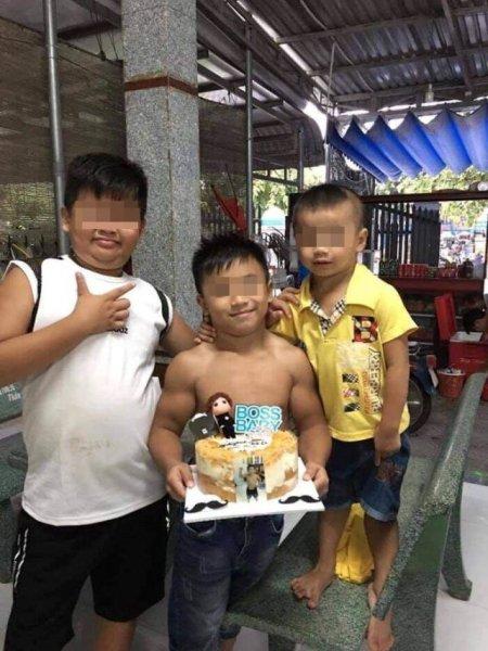 Нгуен Хоанг Нама - 10-летний мальчик из Вьетнама, который родился бодибилдером