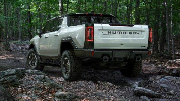 General Mototrs показали возрожденный Hummer