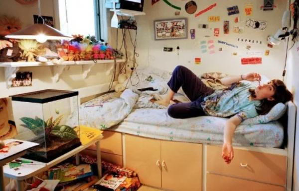 Психолог рассказала о каких проблемах с психикой сигнализирует беспорядок в квартире