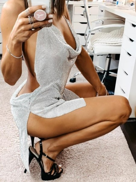 Девушки с красивыми и длинными ногами. Vol -7