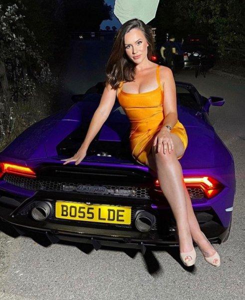 Шарлотта Роуз: девушка, бросившая работу полицейского и заработавшая после этого больше миллиона фунтов