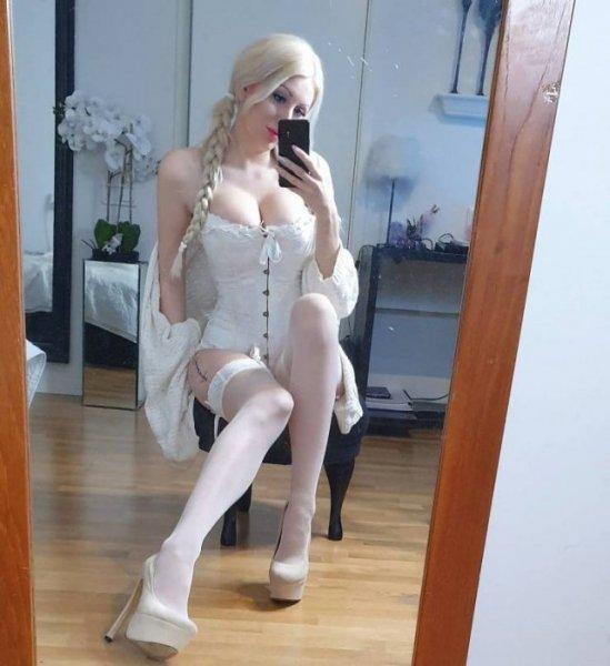 Девушки с красивыми и длинными ногами. Vol -8