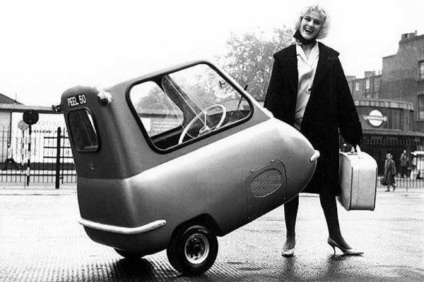 12 самых странных автомобилей, которые видел мир